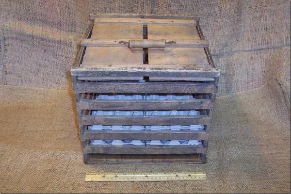 vintage-wooden-crates-2.jpg